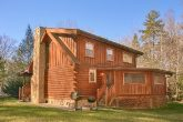 Gatlinburg Cabin with Private Location and Yard