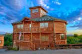 Luxury 3 Bedroom Cabin Close to Douglas Lake