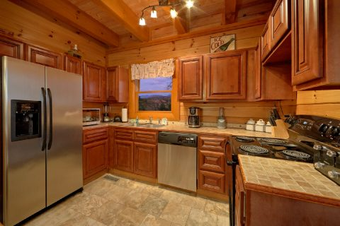 Fully Equipped Kitchen - Best Little Pool House In The Smokies
