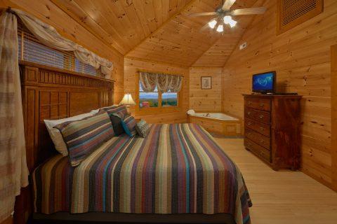 King Bedroom with Flatscreen TV - Best Little Pool House In The Smokies
