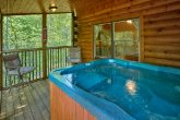 Secluded 3 Bedroom Cabin with Hot Tub