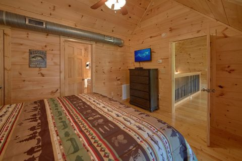 Luxurious 5 Bedroom Cabin All Flat Screen TV's - Big Mack Lodge