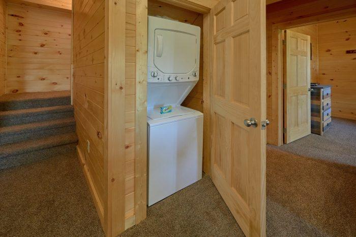 5 Bedroom Cabin in Bear Cove Falls - Big Mack Lodge
