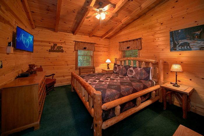 King Bed in Smoky Mountain Cabin Rental - Big Sky View