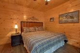 Spacious Master Suites 16 bedroom Cabin