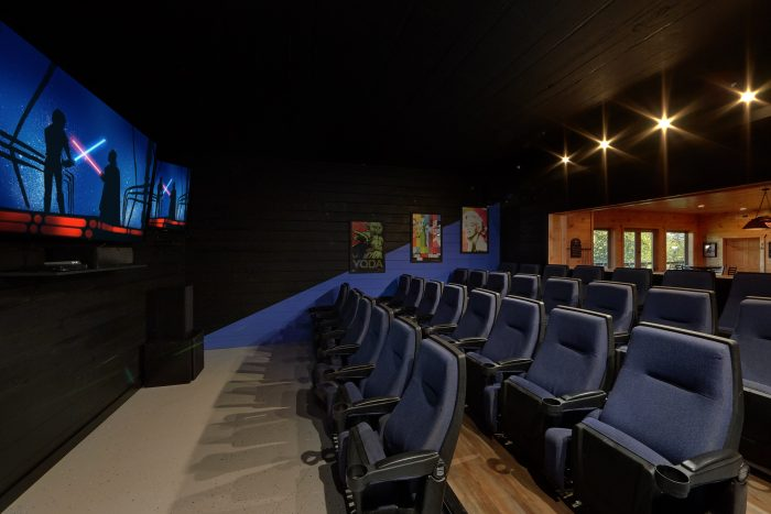 Theater Room with 3 Large Flat Screen TV's - Big Vista Lodge