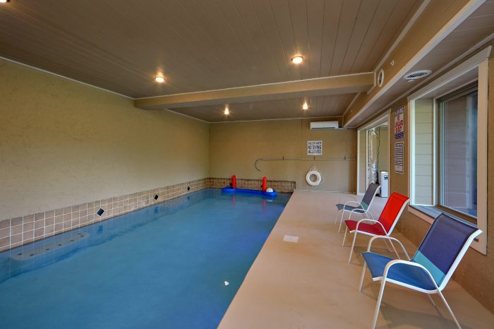 Large Indoor Pool 16 Bedroom Cabin - Big Vista Lodge
