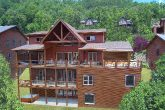 16 Bedroom 4 Story Cabin Sleeps 66