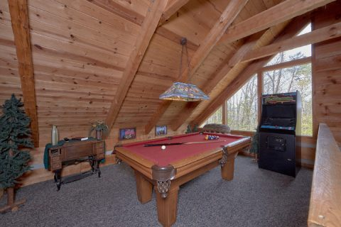 Pool Table Game Room 4 Bedroom Cabin - Black Bear