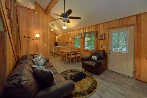 Wears Valley 2 Bedroom Wooded View Cabin - Black Bear Hideaway