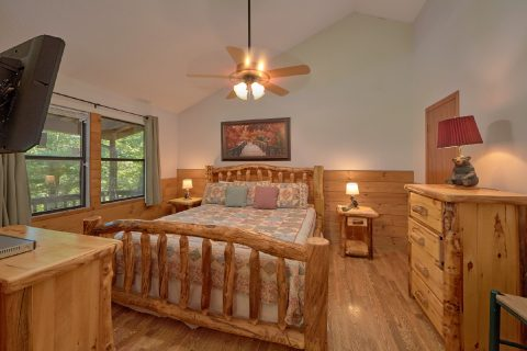 Master Bedroom with Full Bath Room - Blessed Memories