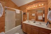 2 Full Bath Rooms Pigeon Forge Cabin