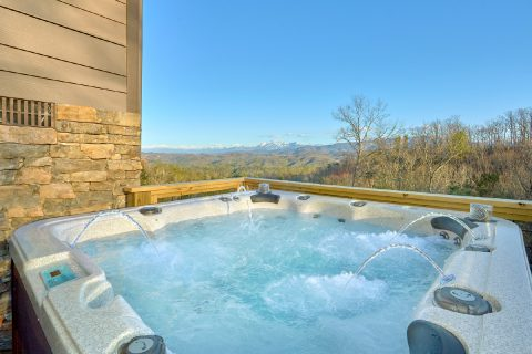 6 bedroom cabin with Private hot tub - Bluff Mountain Lodge