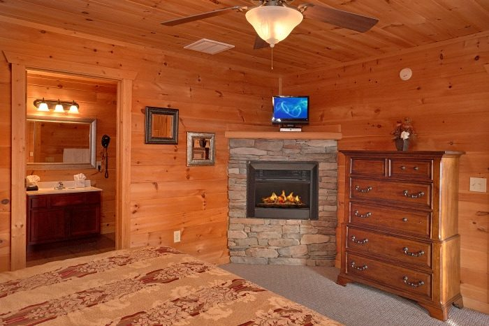 Premium 5 Bedroom Cabin with 5 King Beds - Breathtaker