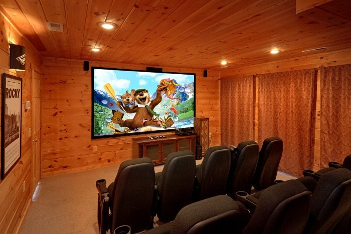 Luxurious 5 Bedroom Cabin with Theater Room - Breathtaker
