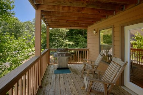 # Bedroom Cabin with Grill and Covered Deck - Brentwood