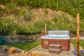 3 Bedroom Cabin with Secluded Hot Tub