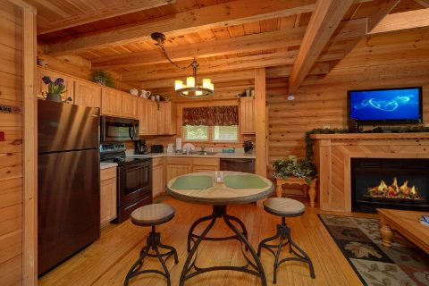 Cozy 2 bedroom cabin with full kitchen - Candle Light Cabin