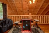 Loft Game room with arcade in 2 bedroom cabin