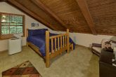 2 Bedroom 3 Bath Seclused Cabin Sleeps 8