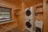 2 Bedroom Gatlinburg Cabin with washer and dryer