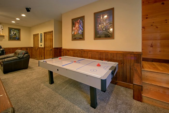 Premium Cabin with Game Room and Air Hockey - Alpine Mountain Lodge