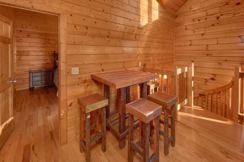 3 Bedroom Cabin Sleeps 7 Hidden Springs - Cheeky Chipmunk Getaway