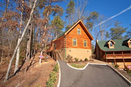 Lover's Lane: 1 Bedroom Gatlinburg Cabin Rental
