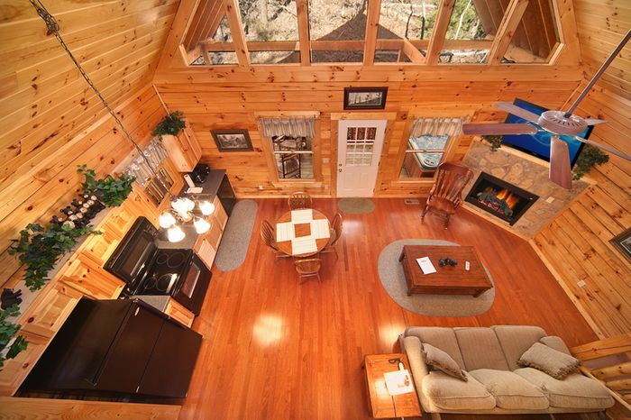 Pigeon Forge 2 Level Cabin Near Downtown Parkway - Cherished Memories