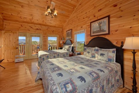 Main Floor Bedroom with 2 Queen Beds - Cherokee Hilltop