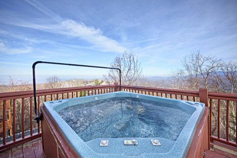 Outdoor Hot Tub in the Great Smoky Mountains - City View Chalet