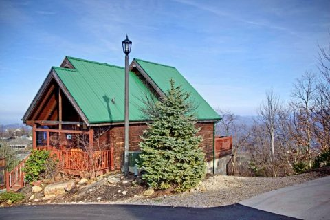Cabin in Smoky Mountain Village - City View Chalet
