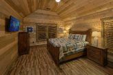 Spectacular Views 5 Bedroom Cabin Sleeps 16