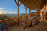 Spectacular Views 5 Bedroom Cabin with Swing