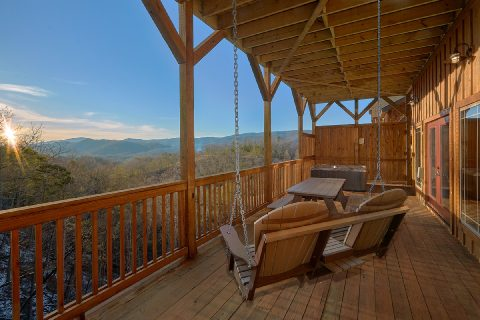 Spectacular Views 5 Bedroom Cabin with Swing - Cloud Bound