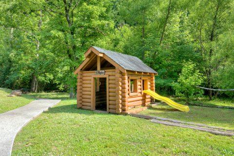 6 Bedroom cabin with Resort Playground for kids - C'Mon Inn