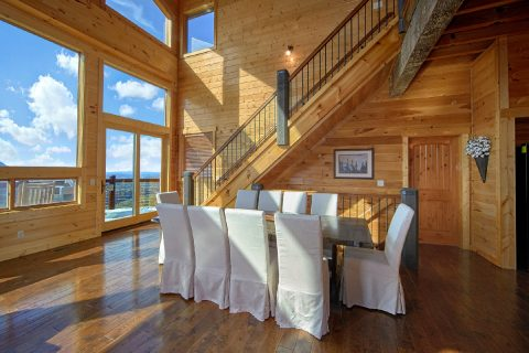 6 Bedroom cabin with Family Size Dining Room - Copper Ridge Lodge