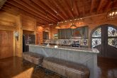 Premium 6 Bedroom Cabin with Luxury Kitchen