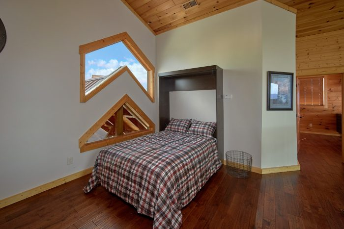 Cabin with Full Size Murphy Bed in Loft Area - Copper Ridge Lodge