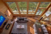 Luxury Cabin with Loft and Mountain Views