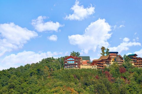 Premium Cabin with 360 degree Mountain Views - Copper Ridge Lodge
