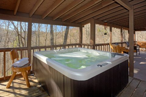 3 Bedroom Cabin Sleeps 8 Private Hot Tub - Cozy Hideaway