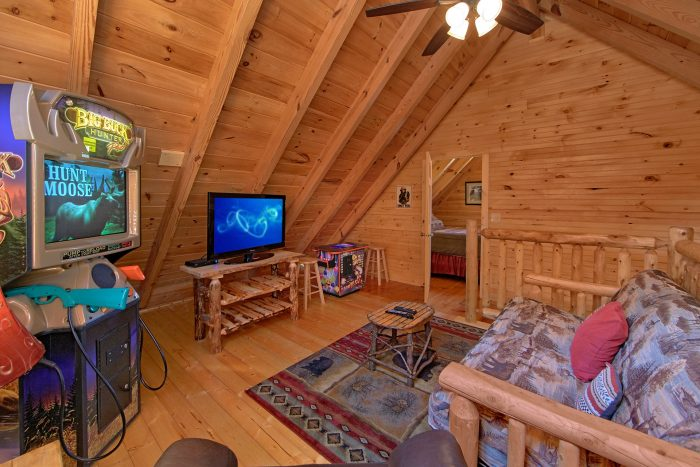 Loft Game Room with Hunting Arcade Game - Creekside Hideaway