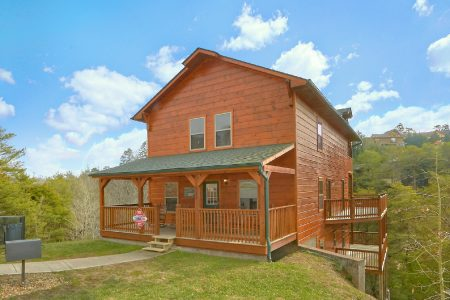 C'Mon Inn: 6 Bedroom Pigeon Forge Cabin Rental
