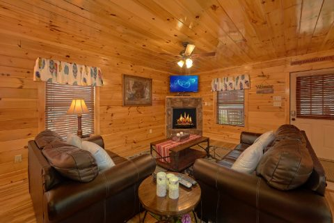 Luxury 6 Bedroom Cabin in Pigeon Forge - Crosswinds