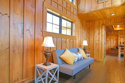 4 Bedroom with Extra Siting and Sleeping Loft - Crown Chalet