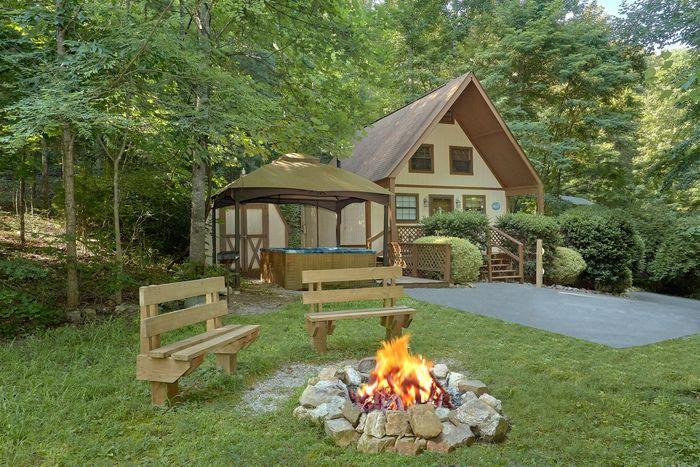 Cuddles Cabin Rental Photo
