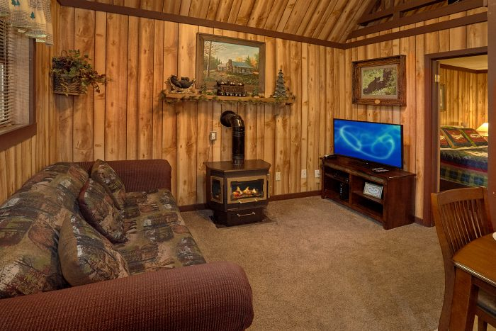 1 Bedroom Cabin with Fireplace Sleeps 4 - Cuddles