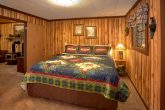 Rustic 1 Bedroom Cabin with King Bed