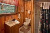 Rustic 1 Bedroom with Full Bathroom
